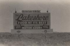 Graffes-lakeshore-Hotel-sign