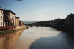 Italy-Florence-River-Arno
