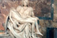 Vatican-The-Pieta-Michelanglo